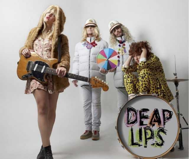 "Deap Lips, projeto de Deap Vally com The Flaming Lips, lança novo single; ouça ""Home Thru Hell"""